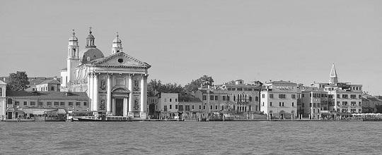 File source: https://commons.wikimedia.org/wiki/File:Zattere_e_Gesuati_vista_dal_Canale_Giudecca_2.jpg