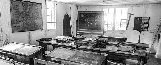 classroom-2196663_960_720